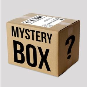 MYSTERY BOX. ITEMS SIZE2-4